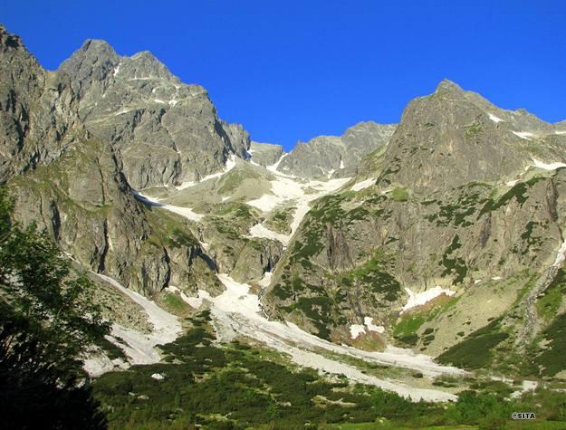 Babie leto láka do Vysokých Tatier, schodné sú ešte všetky cesty