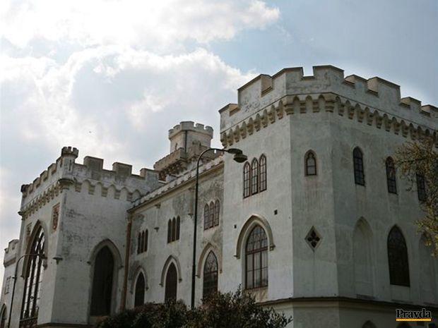 Kaštieľ v Rusovciach