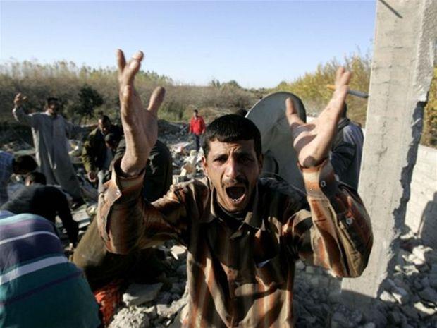 Zničená dedina v Iraku