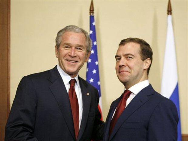 George Bush a Dmitrij Medvedev v Soči
