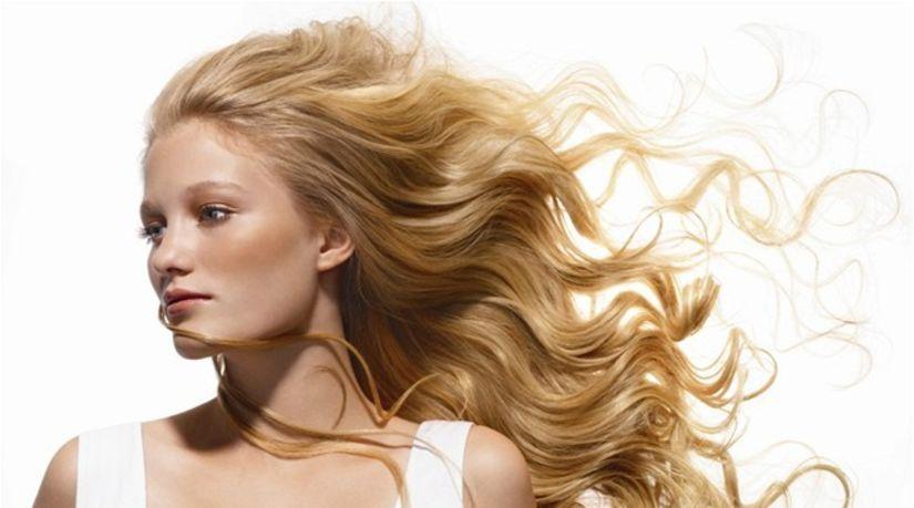 Štyri tipy pre blondínky. Takto sa v lete starajte o vlasy! - Krása a móda  - Žena - Pravda.sk 69a90631a0d