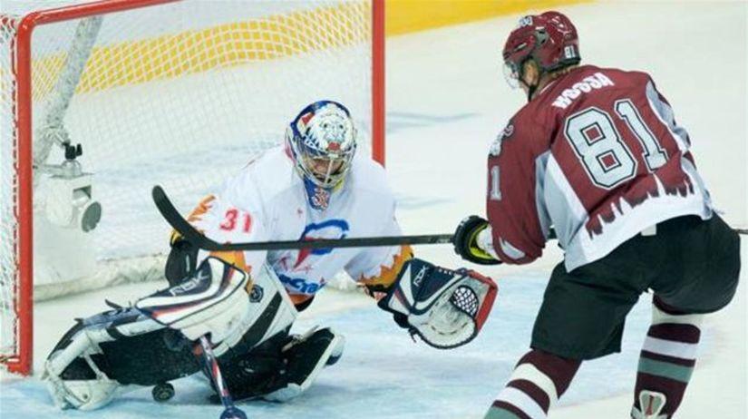 027589e438a74 Hossa v KHL skóroval, obranca Lintner asistoval - KHL - Hokej - Šport -  Pravda.sk