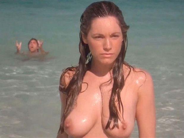 Модель и актриса Келли Брук стала победительницей онлайн-конкурса Bustas на