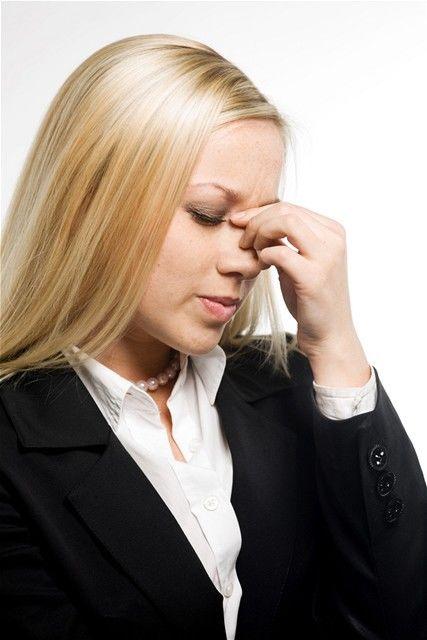 žena - práca - únava - choroba - stres