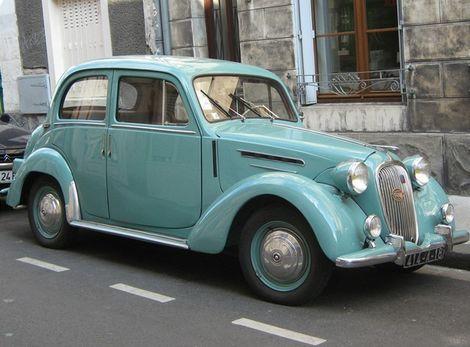Licenčný Fiat 1100 dostal meno Simca-Fiat 8CV.