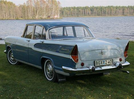 Na Vedette jasne vidnovplyv amerického Forda.