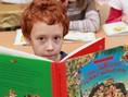 chlapec, knižka, čítanie, rozprávka, školák