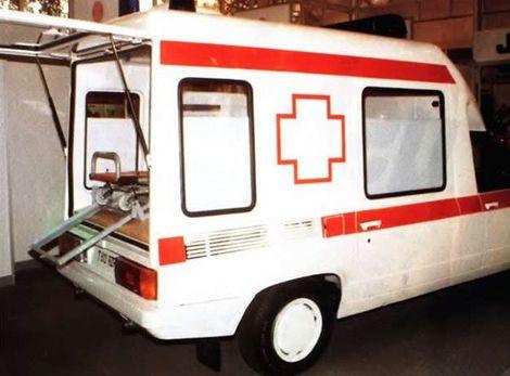 Nosidlá boli umiestnené nad motorom.