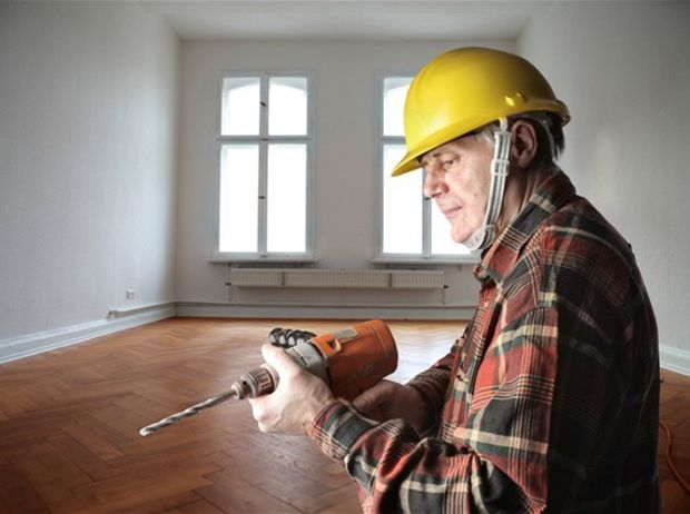 dôchodca, remeselník, podlaha, rekonštrukcia