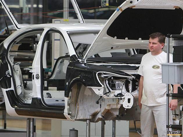 VW v Bratislave vyrába Touareg Hybrid