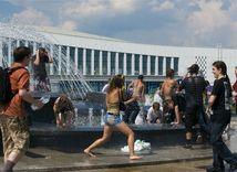 teplo, mesto, fontána, kúpanie, mládež