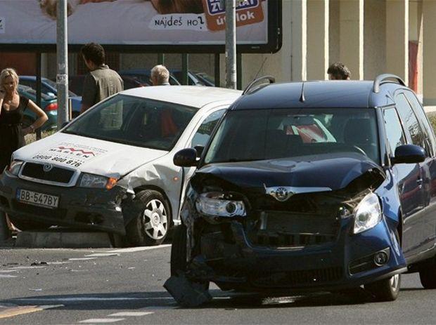 nehoda, havária, pzp, auto, poistenie, povinné zmluvné poistenie