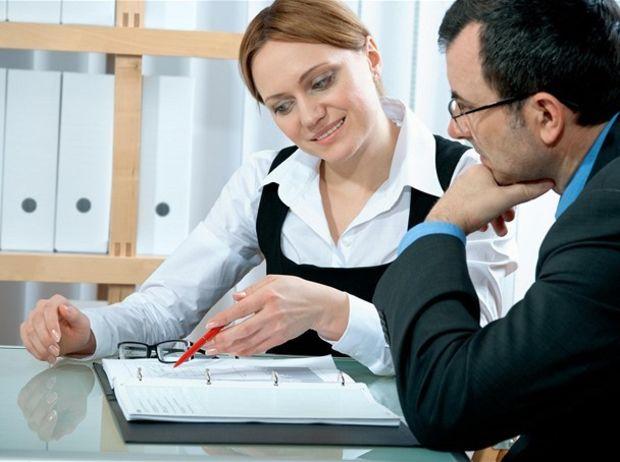 zmluva, úver, banka, podpis, klient, pobočka