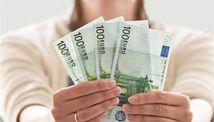 peniaze, bankovky, eurá, euro, mzda, výplata, plat