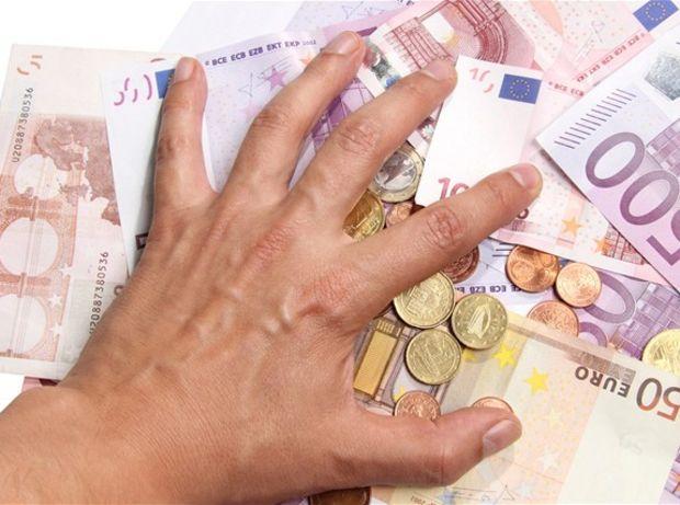 peniaze, euro, eurá, bankovky, mince, úver, hypotéka, splátka