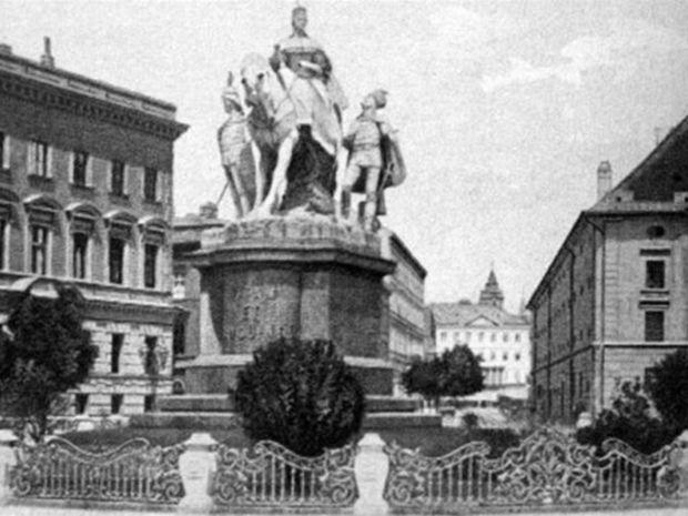 socha, Mária Terézia, súsošie
