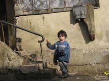 Róm, dieťa, chudoba, žltačka