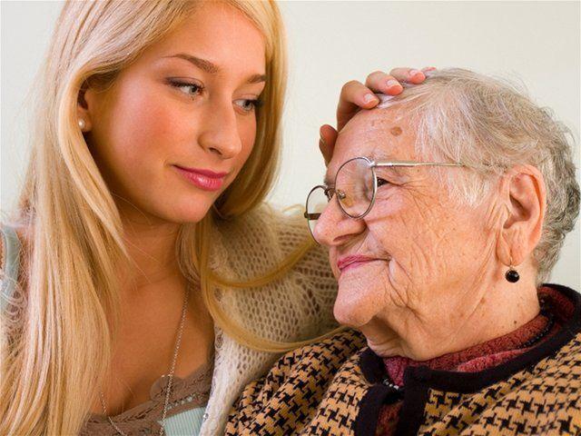 staroba, starci, dôchodca, starý, senior, choroba, opatera, opatrovanie, opatrovateľka, starostlivosť, zdravie, pomoc