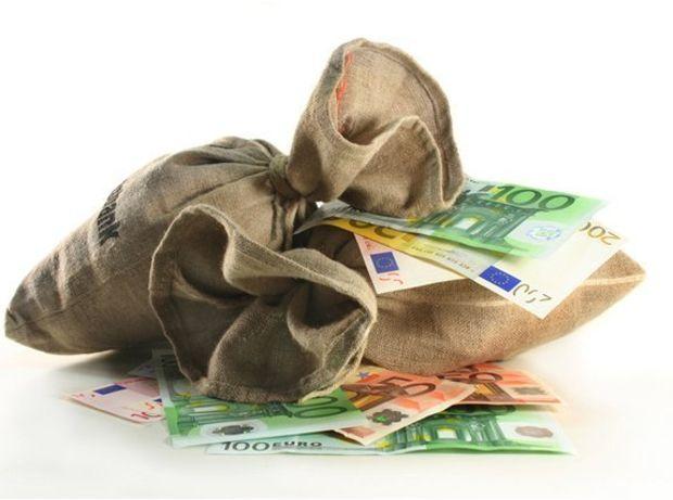 peniaze, euro, bankovky, eurá, úver, hotovosť, sporenie, úspory