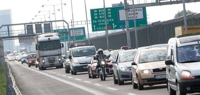 diaľnica, autá, kolóna