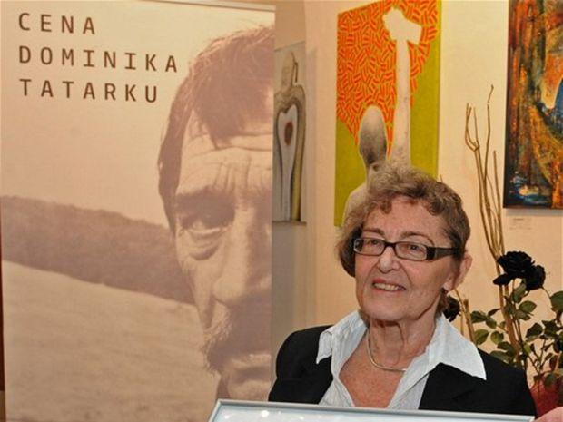 Iva Mojžišová si prevzala cenu Dominika Tatarku za rok 2010.