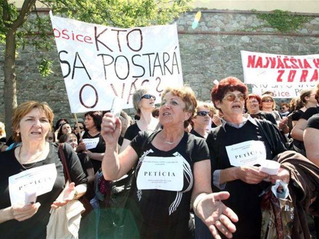 protest, štrajk, zdravotné sestry, zdravotníctvo