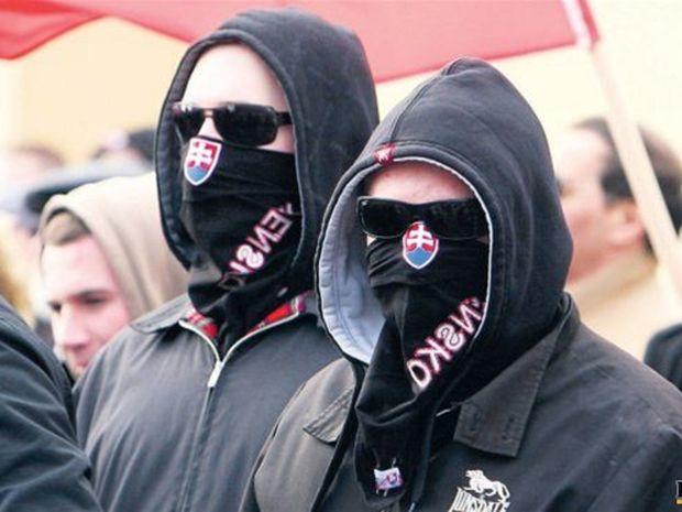 extrémisti, radikáli