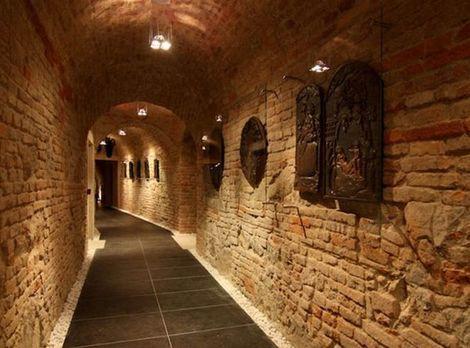 Stavba roka 2011 - finalista: Rekonštrukcia komplexu budov Starej radnice a Apponyiho palaca, Bratislava