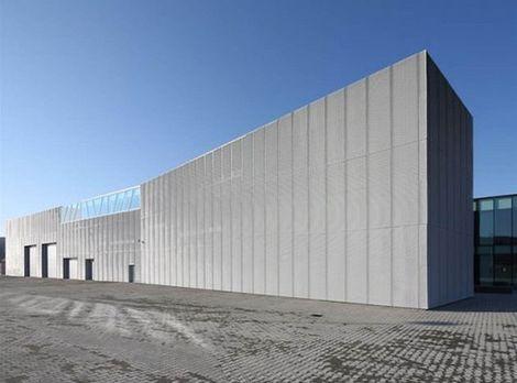 Stavba roka 2011 - finalista: PHOENIX ZEPPELIN Banská Bystrica