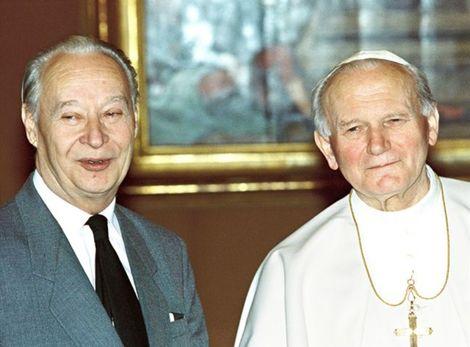 Alexander Dubček sa stretol s pápežom Jánom Pavlom II.