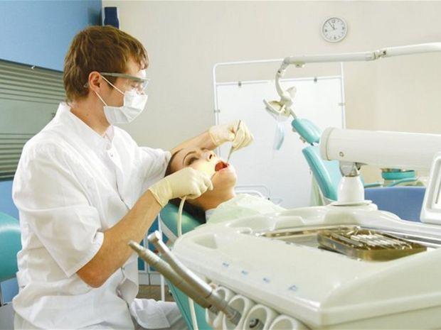 zubár, stomatológ, pacient, ambulancia