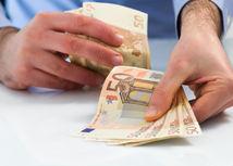 peniaze, výplata, mzda, dôchodok, vklad, úspory, investovanie