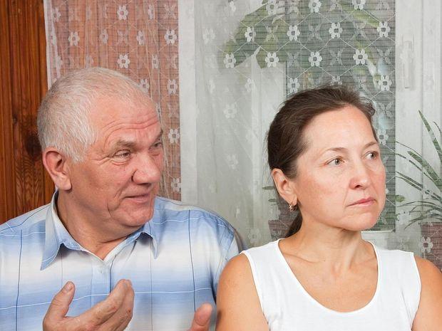 dôchodca, dôchodcovia, dôchodok, penzia, domov, dôchodcov