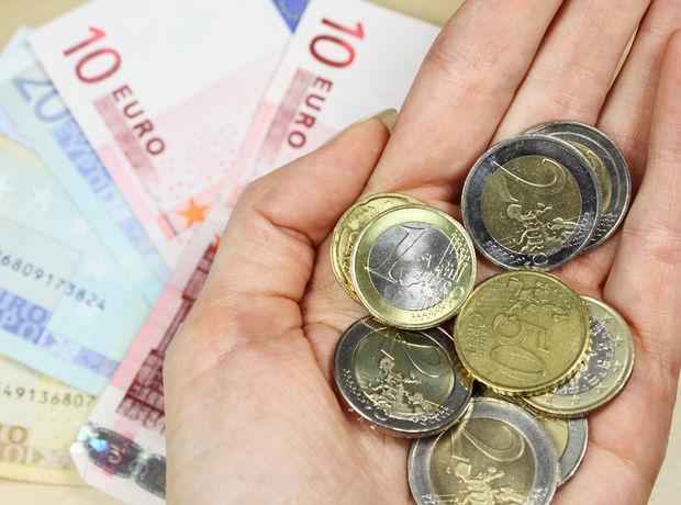 úver, peniaze, euro, plat, dôchodok
