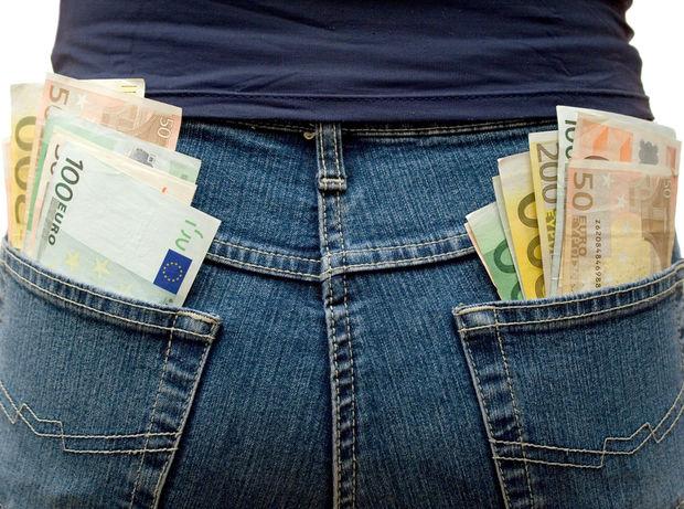 peniaze, splátka, úver, plat, výplata