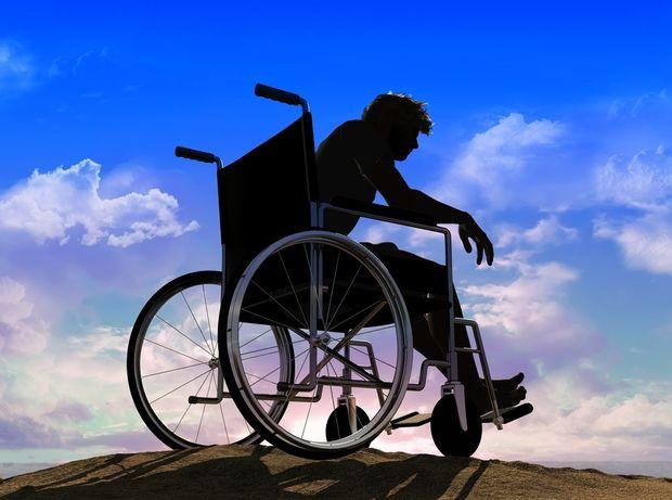 invalid, postihnutý, invalidní, dôchodca
