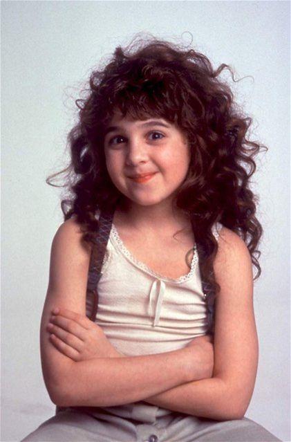 Najslávnejšia rola detskej hviezdy Alison Porterovej - Kučeravá Sue.