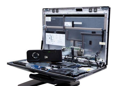 HP uviedlo na trh pracovnú stanicu Z1 s jednoduchým prístupom k výmene komponentov.