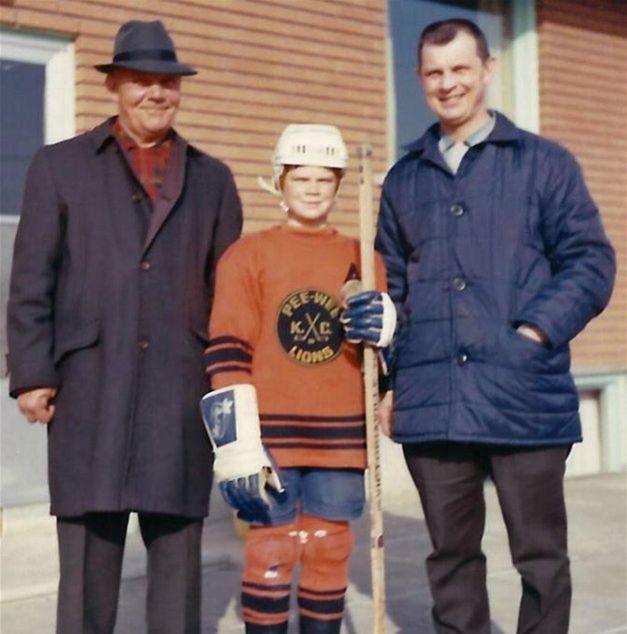 John Kubinec (vpravo) so svojím synom Jeffom a otcom Jánom Kubincom, ktorý sa vysťahoval do Kanady začiatkom minulého storočia z Oravy.