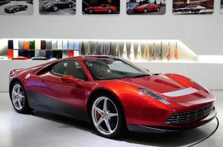 Stavba tohto Ferrari trvala automobilke dva roky. Cena sa vyšplhala na 3 milióny eur.