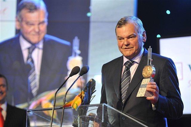 Najlepší tréner za rok 2012 Vladimír Vůjtek.