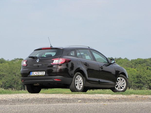 Svetlá výška nezaťaženého auta je 120 mm.