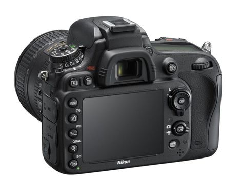 Zrkadlovka Nikon D600