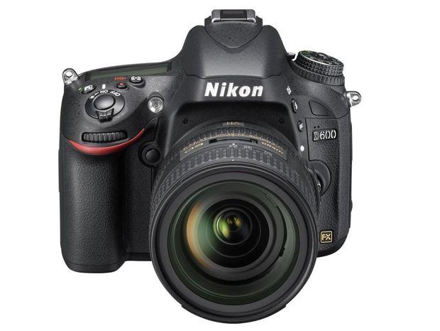 Nikon D600, zrkadlovka