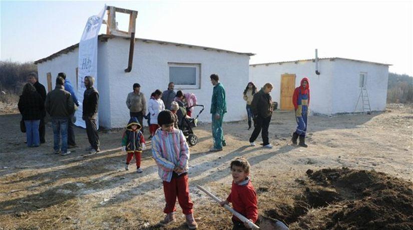 Zástupcovia Rómov z Moldavy stále trvajú na riadnom vyšetrení zásahu polície spred štyroch rokov - Domáce - Správy - Pravda.sk