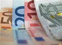 (typo - nepouzivat v orise) peniaze, euro, bankovky