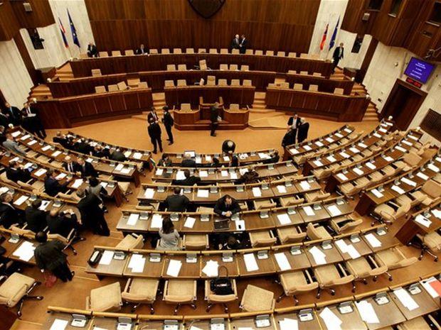 parlament, poslanci