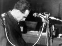 Paradoxy histórie: Slánsky oživoval hrôzu, dobehla ho