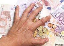 (typo - nepouzivat v orise) peniaze, euro, eurá, bankovky, mince, úver, hypotéka, splátka
