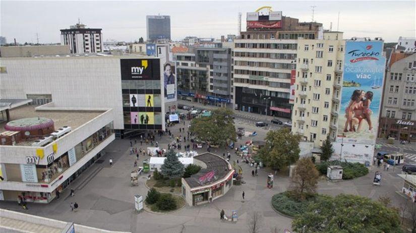 0483e57f7 Bratislava vyhlási architektonickú súťaž pre Kamenné námestie a Námestie  SNP - Regióny - Správy - Pravda.sk